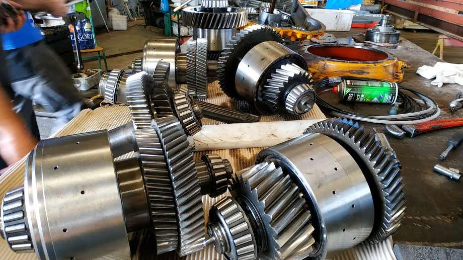 Maintenance-gear-box